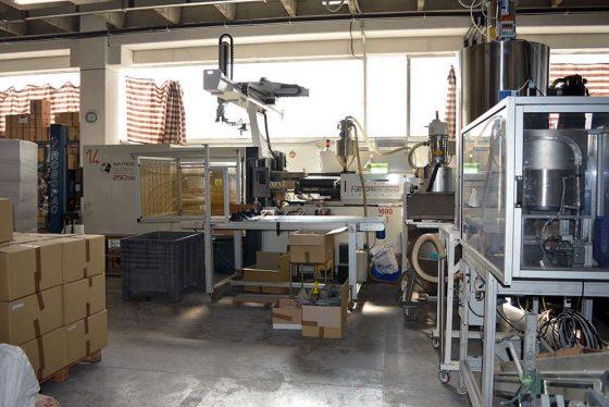BMPLAST - Officina e macchinari